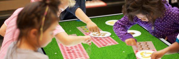 Masa touch-table transformabilă